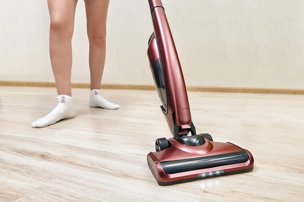 vacuum floor